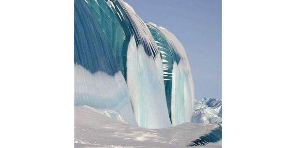 So sieht Wasser aus, das im Wellengang gefriert