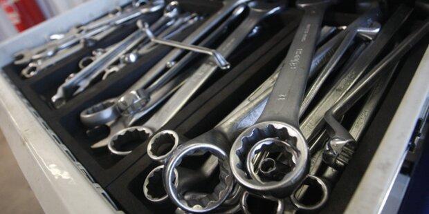 Werkzeuge im Wert von 50.000 Euro gestohlen