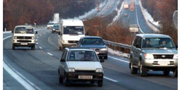 Autolenker drohte seiner Frau mit Unfalltod