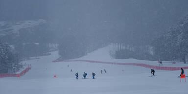 Wetter in Sotschi macht Ski-Damen zu schaffen