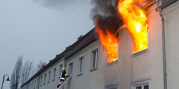 Nachbar rettet Opa (94) aus Feuer-Hölle