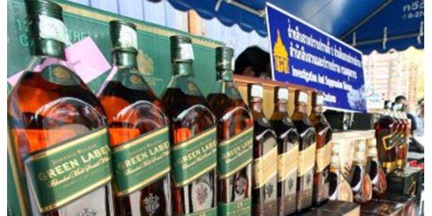 Groß-Demo gegen Whisky-Werksschließung