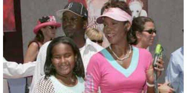 Whitneys Tochter attackierte die Diva mit Messer
