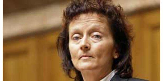 Schweizer SVP schließt Tochterpartei aus