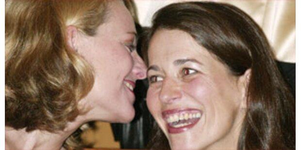 Anne Will bekennt sich zu ihrer Partnerin Meckel