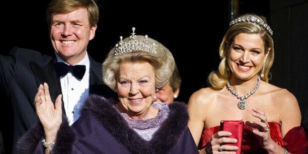 10.30 - 10.35 h Balkonszene mit Beatrix, Maximá und Willem-Alexander