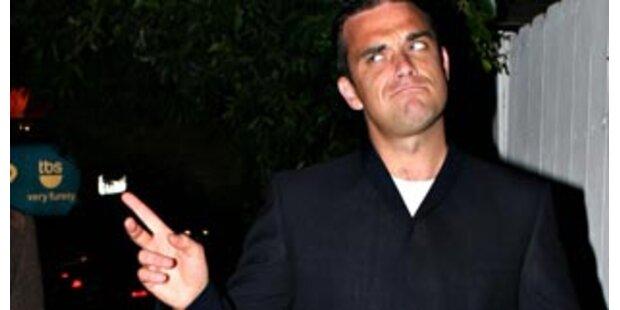 Ist Robbie Williams doch schwul?