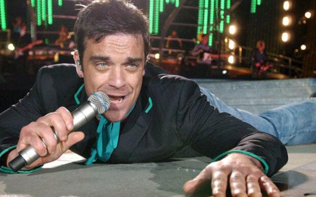 Robbie neun Mal ,live'