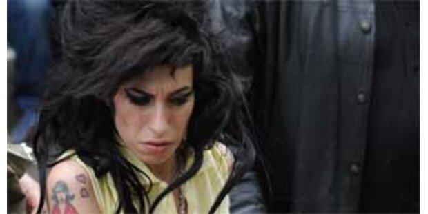 Amy soll in psychiatrische Klinik