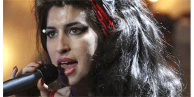 Amy Winehouse wieder auf dem Weg der Besserung