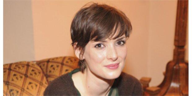 Erkrankt- Winona Ryder musste ins Spital