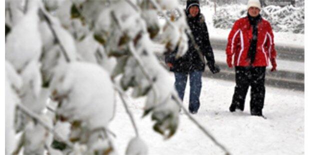 Wintereinbruch lähmt die Schweiz