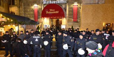 Proteste gegen Akademikerball