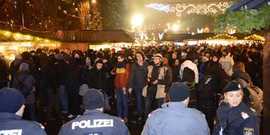 Demo: Pöbeleien am Christkindlmarkt