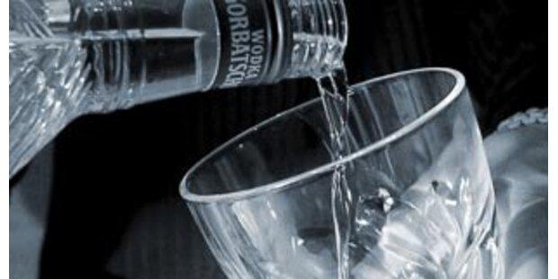 Mann wollte bei Polizei-Notruf Wodka bestellen