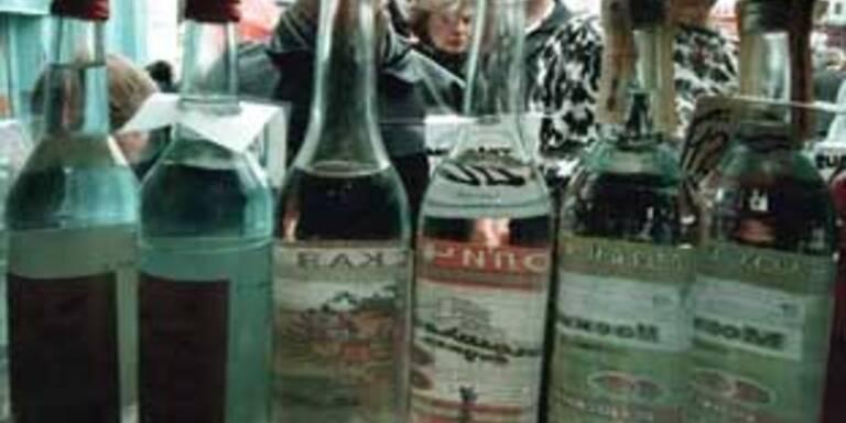 Fluggast in Deutschland leert Wodka-Flasche