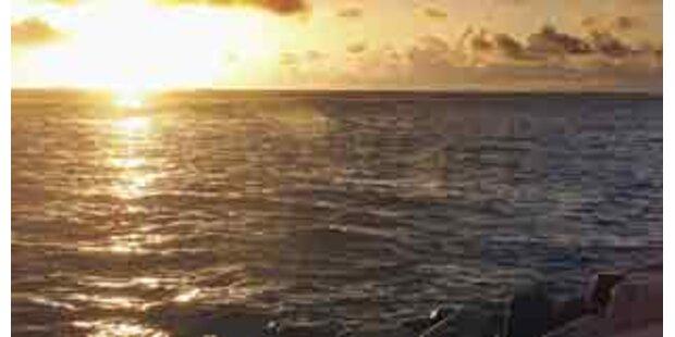Schiff mit fast 300 Passagieren auf Grund gelaufen