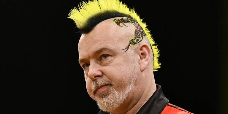 Darts-WM: Peter Wright schlägt Michael van Gerwen