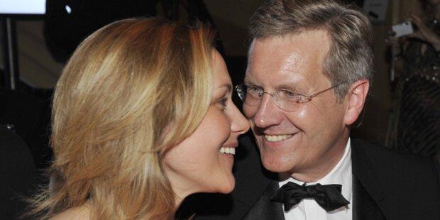 Wulff: Rückendeckung von seiner Frau