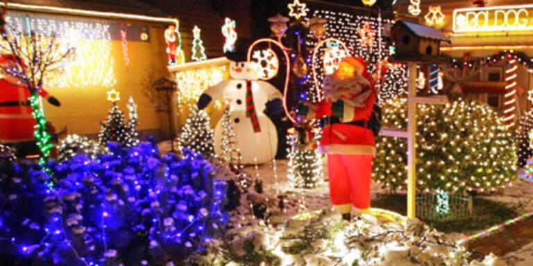 Leuchtendes Weihnachtsdekor am Auto verboten