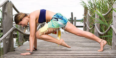 So schön macht Bikini-Yoga
