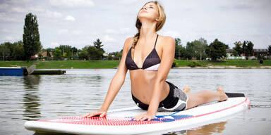Mit SUP-Yoga zur Bikinifigur