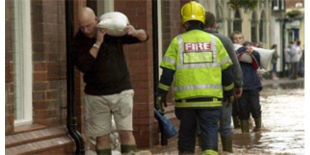 Tausende Häuser aus Angst vor Flut evakuiert