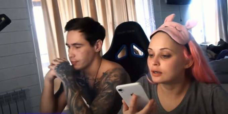 Youtuber lässt schwangere Freundin in Livestream erfrieren