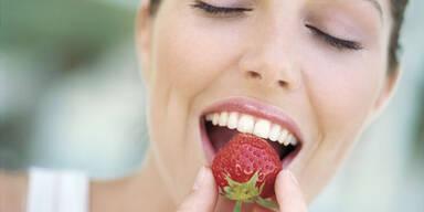 Diese Lebensmittel greifen den Zahnschmelz an