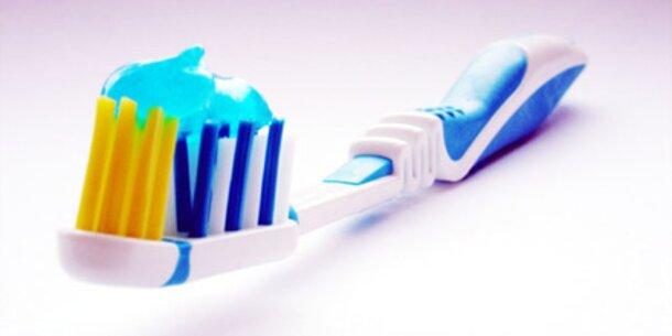 Österreicher wechseln Zahnbürste zu selten