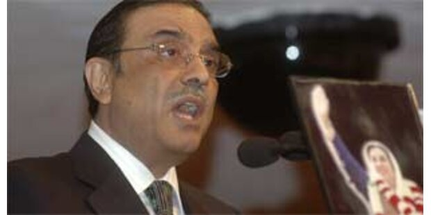 Zardari will Macht ans Parlament abgeben