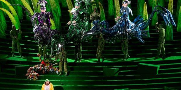 Start mit toller Opern-Show
