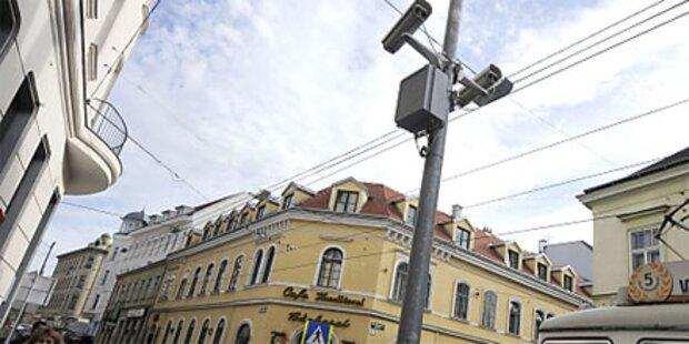 1. videoüberwachter Zebrastreifen in Wien