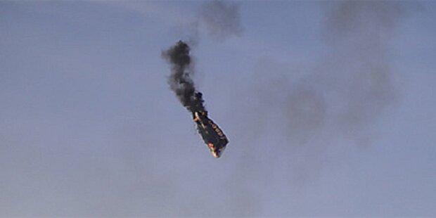 Bei Rundflug: Zeppelin geht in Flammen auf