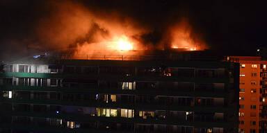 Großbrand in Innsbrucker Hochhaus