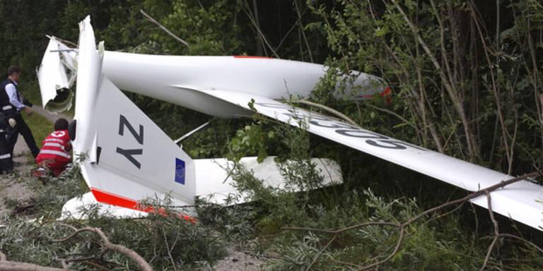 Segelflieger stürzt ab - zwei Verletzte
