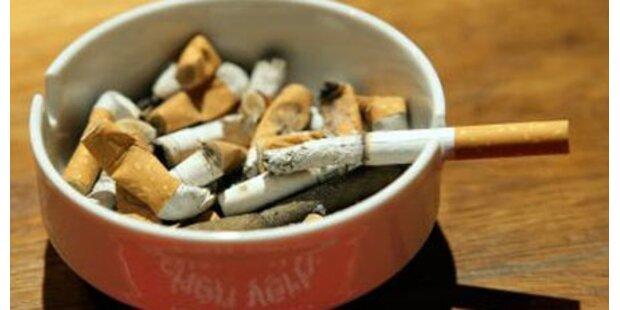 83-Jähriger stirbt nach Zigarettenbrand