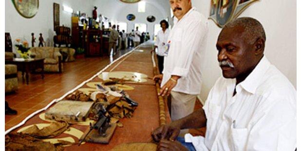 Kubaner dreht 43-Meter-Zigarre
