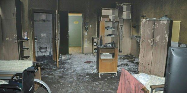 Zimmerbrand in Seniorenheim: Drei Verletzte
