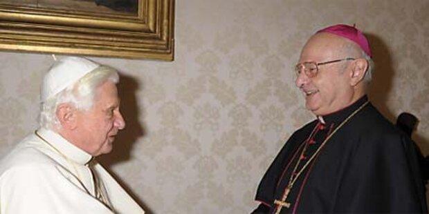 Zollitsch weist Kritik an Papst zurück