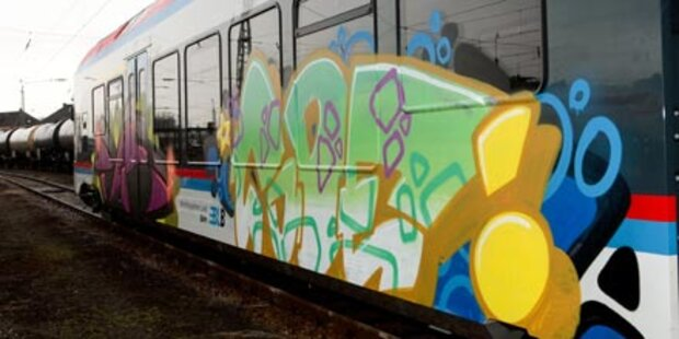 Sabotage: Fünf nagelneue Züge zerstört
