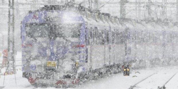 600 Passagiere 24 h im Zug gefangen