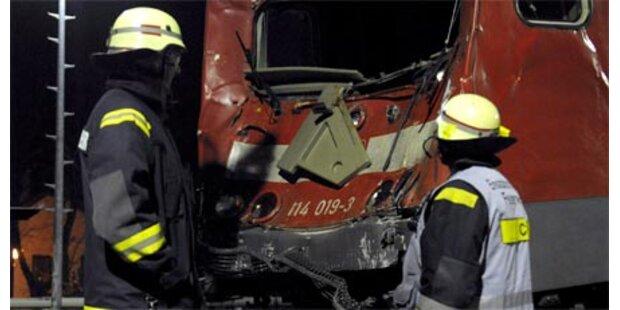 24 Verletzte nach Zugsunglück in Berlin
