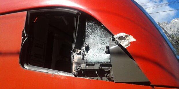 Lokführer bei Zugunfall verletzt