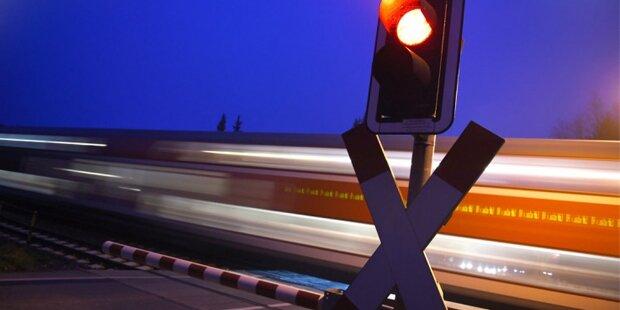 Zug tötet 16-Jährigen: Freunde liefen davon