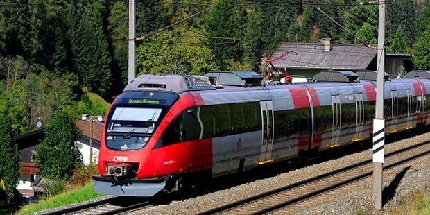 Tirolerin (19) in Zug von Flüchtling begrapscht