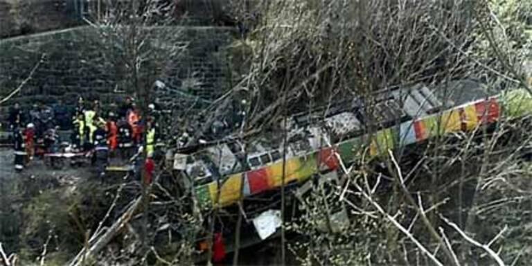 Neun Tote bei Zugunglück in Südtirol