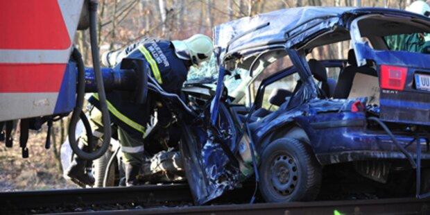 Junge Mutter bei Zug-Crash getötet