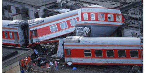 Zugsunglück in China - drei Tote