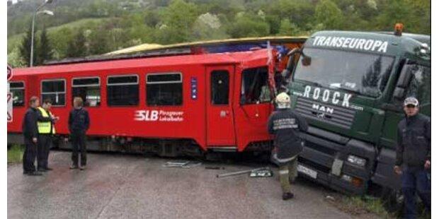 15 Verletzte nach Zugsunglück